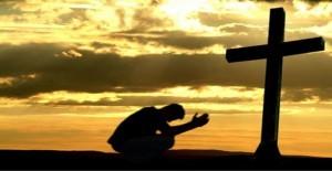 Kneeling-at-the-cross2-300x155